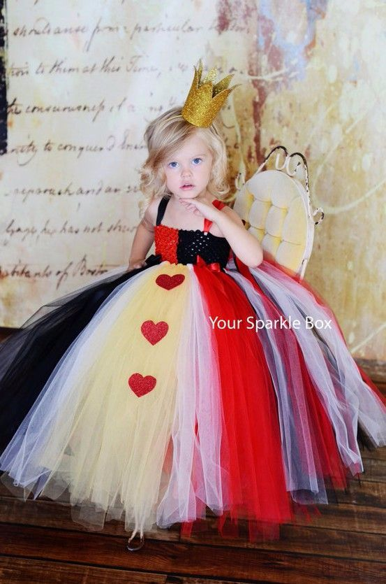 Queen of Hearts costume, tutu, cute Halloween Costume ideas for kids, Alice in Wonderland costume DIY children's costume
