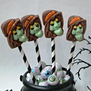 Chocolate Witch Pops & Peanut Butter Cup Brooms