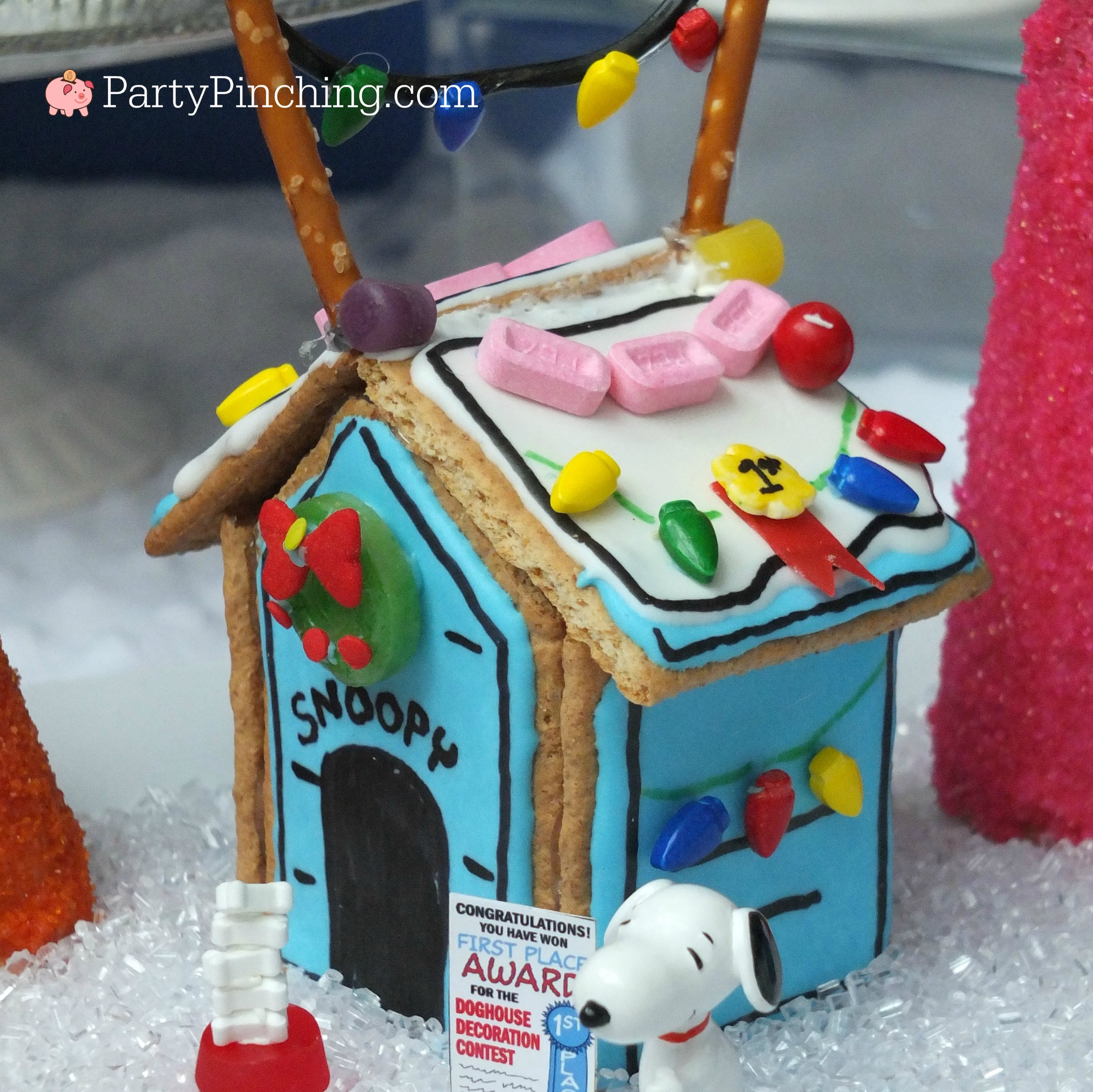 Snoopy S Gingerbread Doghouse Party Pinching