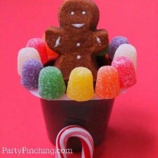 Gingerbread pudding cup, cute gingerbread Peeps marshmallow, gumdrop gingerbread, Christmas treats for classroom parties, easy and fun Christmas dessert party treat ideas, fun food for kids, cute food, sweet treats, Christmas sweet treats for the holidays