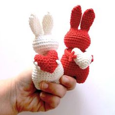 Cute adorable bunny heart crochet knit craft, rabbit crochet knit project for Valentine's day, fun gift idea for kids