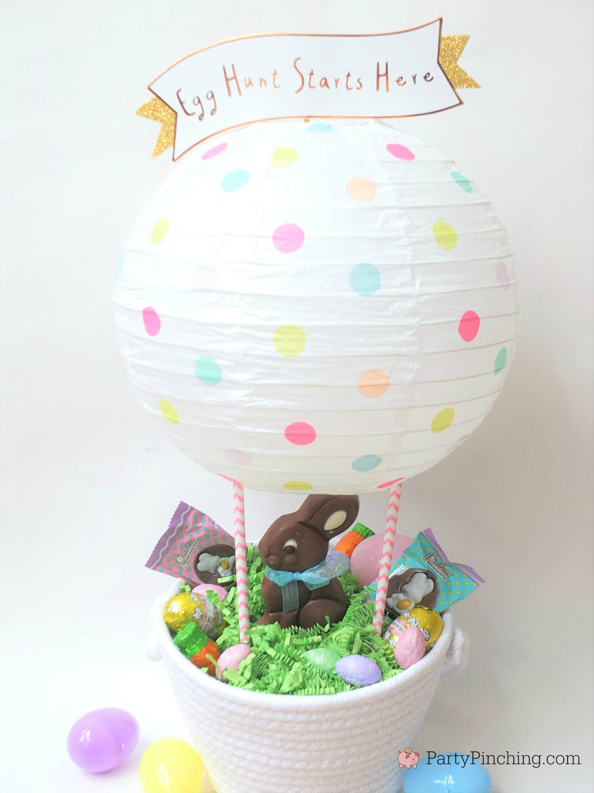 Easter Hot Air Balloon Bunny Basket, RM Palmer Double Crisp Snap & Share bunny, DIY cute Easter basket centerpiece for kids, fun creative Easter basket, paper lantern hot air balloon