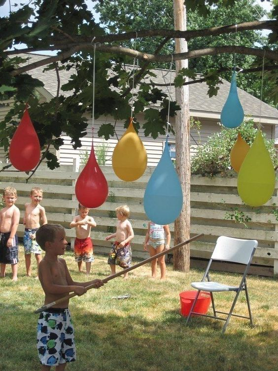 outdoor pinata water balloons, awesome ideas to keep kids busy summer, backyard party ideas , Best summer backyard games and outdoor activities for kids, diy summer projects for kids,fun ideas for kids summer , fun summer ideas for children, lots of summer activities for kids, outdoor games for summer