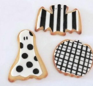 Black & White Halloween Cookies