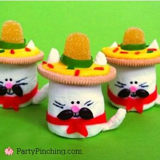 Marshmallow Gatos for Cinco de Mayo