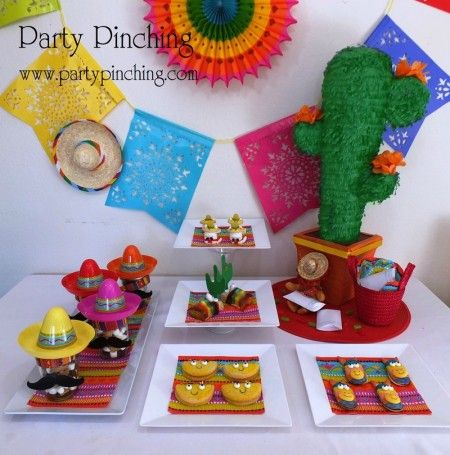 cinco de mayo ideas, fiesta dessert ideas,taco cupcake, cinco de mayo cupcake, mexican cupcake, cute food, cinco de mayo dessert, cinco de mayo ideas, fiesta party, cinco de mayo party, fiesta cupcake
