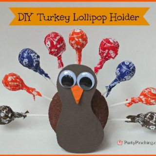 Thanksgiving turkey lollipop holder, Thanksgiving craft for kids, fun food for kids, cute food, cute and easy Thanksgiving food craft dessert treat ideas