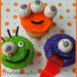 halloween cupcakes, monster cupcakes, spooky eye gumballs, eyeball cucpakes, cute halloween ideas