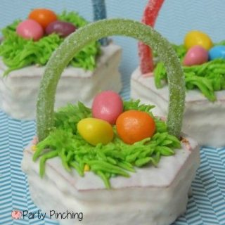 Easter Basket Snack Cakes, easy Easter dessert treat ideas, fun food for kids, cute food, Easter bunny cake, cute Easter cake, Easter cupcakes, jelly beans, Little Debbie Spring snack cakes