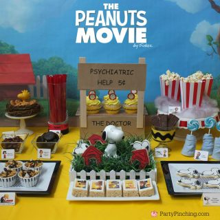 Peanuts Movie, Peanuts movie party, Peanuts gang treats desserts movie snacks, Snoopy cookies, Charlie Brown cupcakes, Schroeder snack, Linus lollipops, lucy licorice, Snoopy cookies cupcakes chocolate, Woodstock cookies, sweet treats, cute food, fun food for kids
