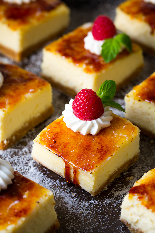 Creme Brulee cheesecake bars, best cheesecake bar recipe ideas, Valentine's day cheesecake bar, Creme brulee, cheesecake burnt cream, burnt cream cheesecake bars