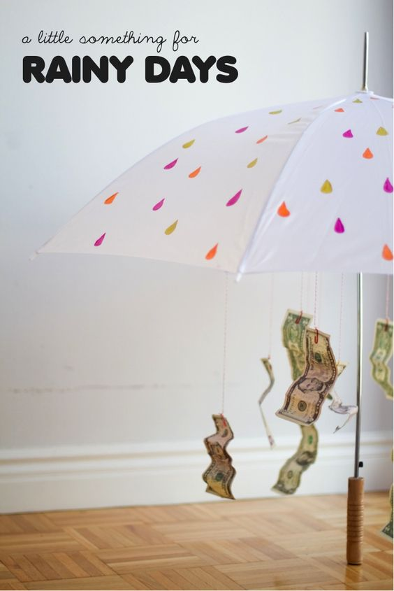 Money umbrella gift, creative gifts for grads, gifts grads love, creative ways to give money, teen gifts, Best Graduation gift ideas, fun and easy DIY graduation grad gifts, thoughtful graduation gift, money origami graduation gifts, money gift cards graduation gift ideas