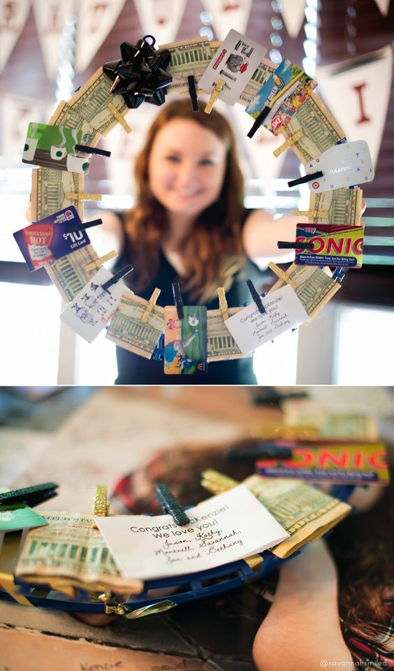 Gift Card and money wreath DIY, Best Graduation gift ideas, fun and easy DIY graduation grad gifts, thoughtful graduation gift, money origami graduation gifts, money gift cards graduation gift ideas