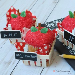 Back-to-School Apple Cupcakes