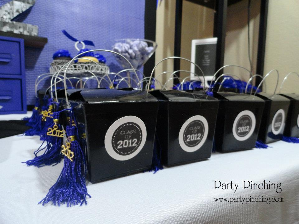 Picture your future graduation party, graduation party, graduation open house, grad party ideas, easy and budget friendly grad parties, graduation decorations, grad food, grad centerpieces, graduation
