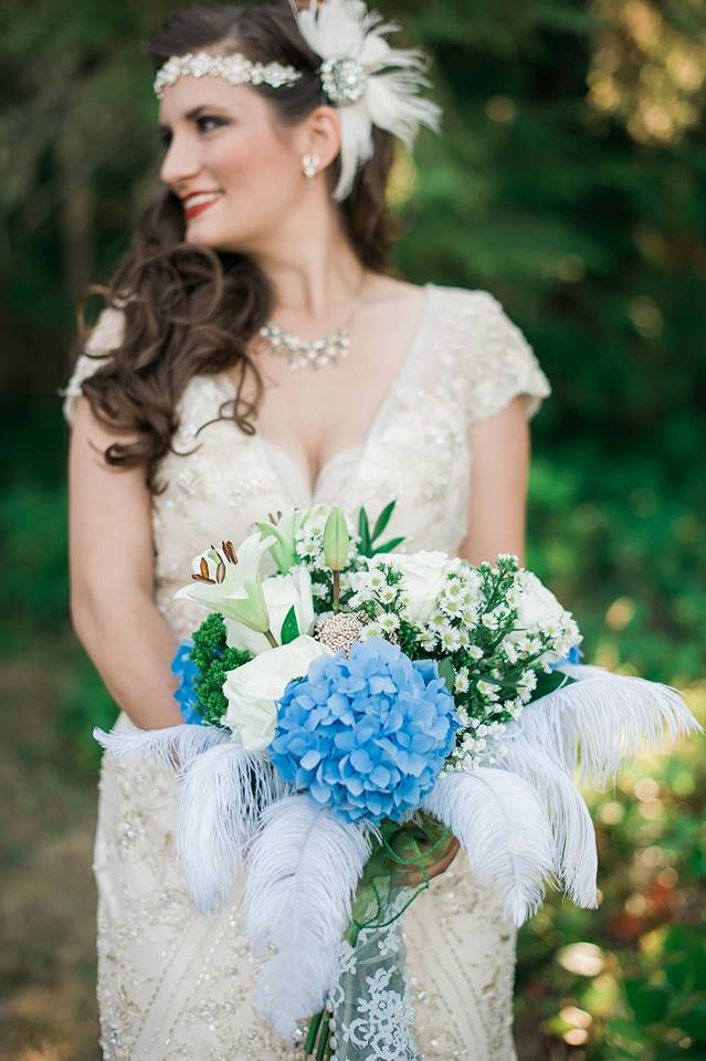 Maggie Sottero wedding dress, Great Gatsby inspired wedding, DIY wedding ideas, beautiful outdoor wedding, gorgeous roaring 20's wedding, theme wedding ideas, wedding crafts, DIY bridal bouquets, DIY wedding centerpieces, partypinching.com