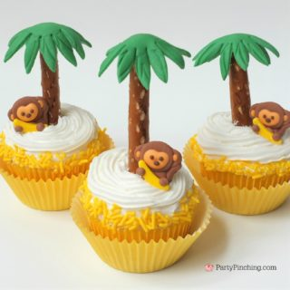 monkey cupcakes, safari jungle party ideas, cute adorable cupcakes for kids, fun food, sweet treats for birthday, monkey banana cupcake with pretzel palm tree