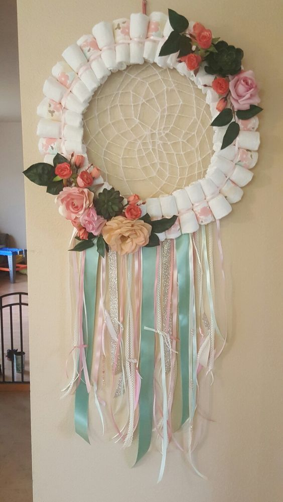 diaper wreath dream catcher, baby shower ideas, cute baby shower, best baby shower ideas, baby shower cake, fun games for baby shower, baby shower food