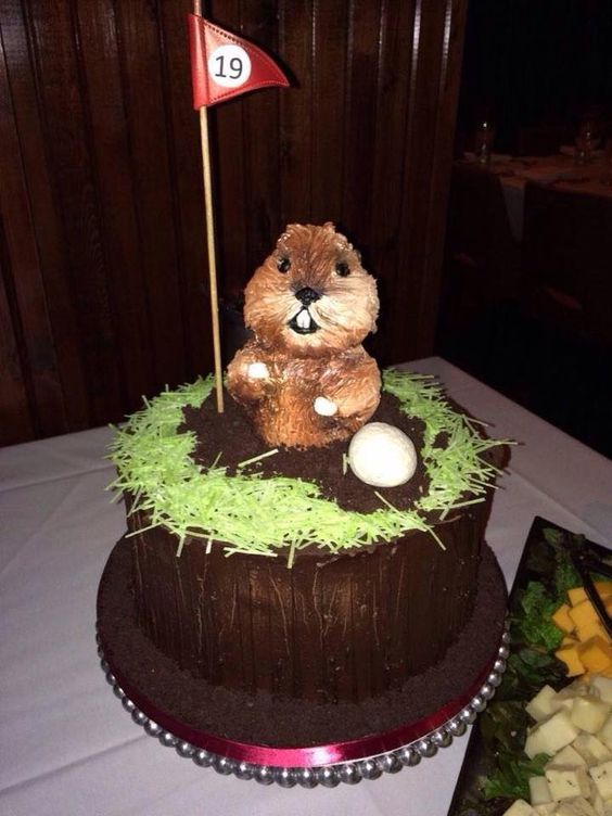 golf theme food, golf party ideas, Father's Day golf party ideas, Caddyshack cake, gopher golf cake