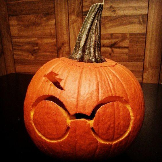 harry potter pumpkin, painted pumpkin, carved pumpkin ideas, Halloween pumpkins, cute pumpkins, pumpkin decorating ideas for kids, easy pumpkin decorating ideas, Halloween party ideas, pumpkin decorating ideas, no-carve pumpkins