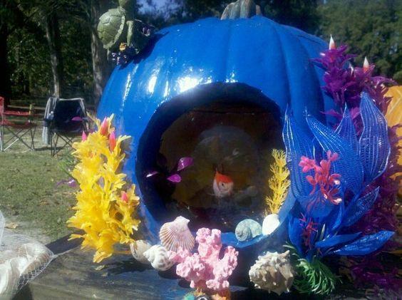 under the sea pumpkins fish bowl, painted pumpkin, carved pumpkin ideas, Halloween pumpkins, cute pumpkins, pumpkin decorating ideas for kids, easy pumpkin decorating ideas, Halloween party ideas, pumpkin decorating ideas, no-carve pumpkins