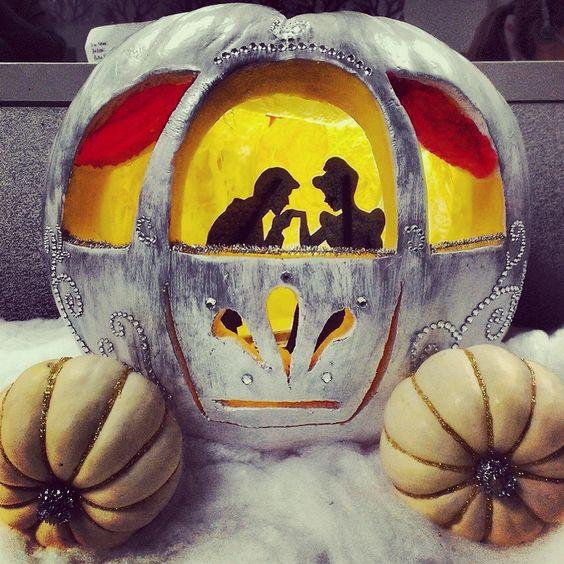 cinderella pumpkin, painted pumpkin, carved pumpkin ideas, Halloween pumpkins, cute pumpkins, pumpkin decorating ideas for kids, easy pumpkin decorating ideas, Halloween party ideas, pumpkin decorating ideas, no-carve pumpkins