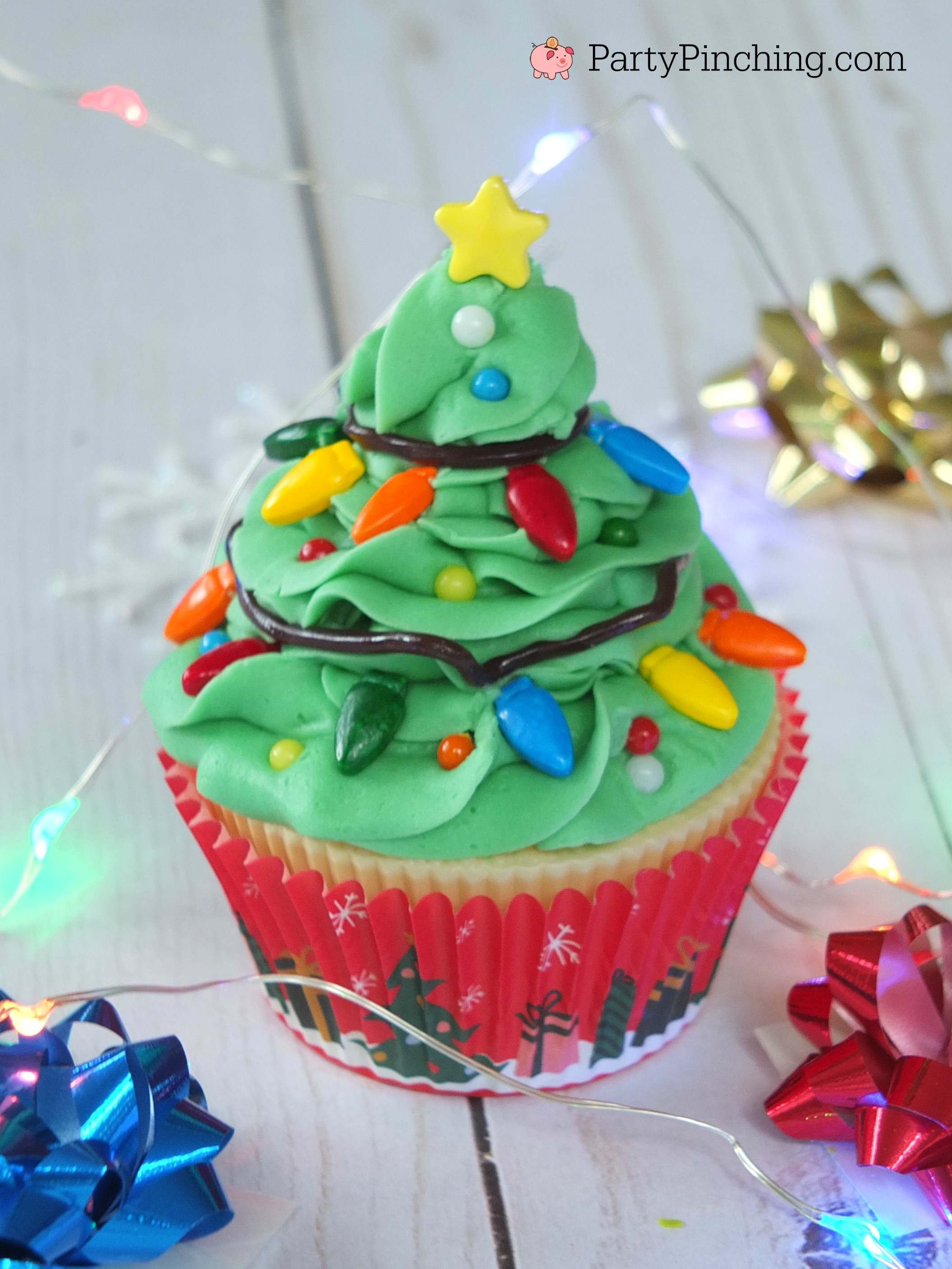 Christmas Tree Cupcakes With String Of Lights Sprinkles