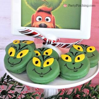 Grinch oreo cookies, grinch food, green grinch cookies, grinch movie cookies, Christmas cookie fun ideas easy for kids, cute Grinch party ideas, Grinch movie night