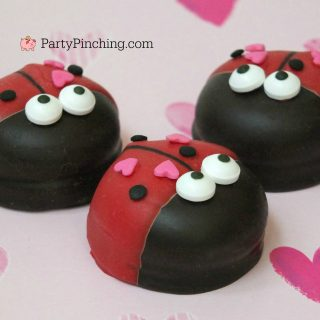 love bug marshmallow cookies, oreo mallomar moon pie lady bug cookies, best Valentine's day recipe dessert food party ideas