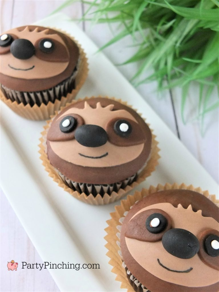 sloth cupcakes, adorable cute sloths, sloth cake cookie, best sloth cupcake recipe, fun food for kids, sweet treats, sloth party ideas, sloth cake recipe