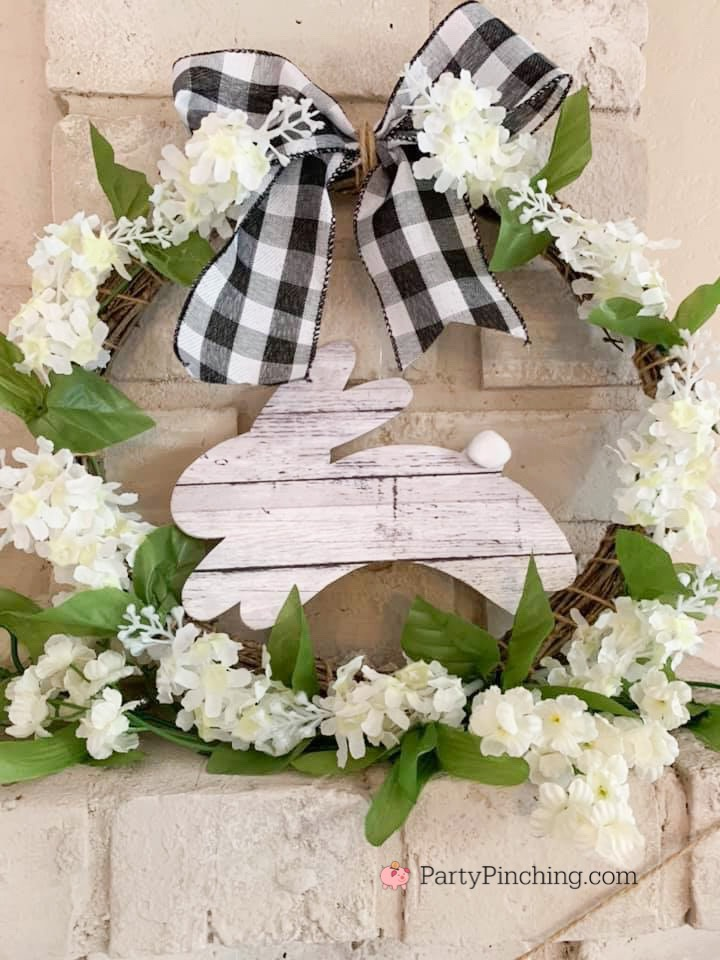 Dollar Tree DIY, Dollar Tree crafts, Easter Dollar store, dollar general diy, cheap inexpensive dollar store decor, budget crafts, bunny wreath, easter farmhouse wreath, easy bunny farmhouse rustic decor Easter