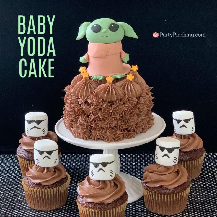 Baby Yoda Mandalorian Cake