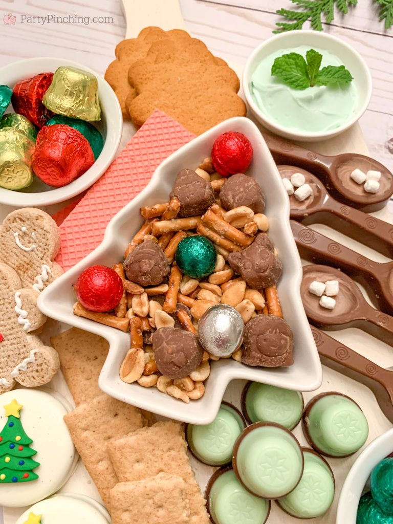 Christmas Candy Charcuterie Board, Best Charcuterie Board Ideas, Best Holiday Charcuterie Board, Dessert Charcuterie Board