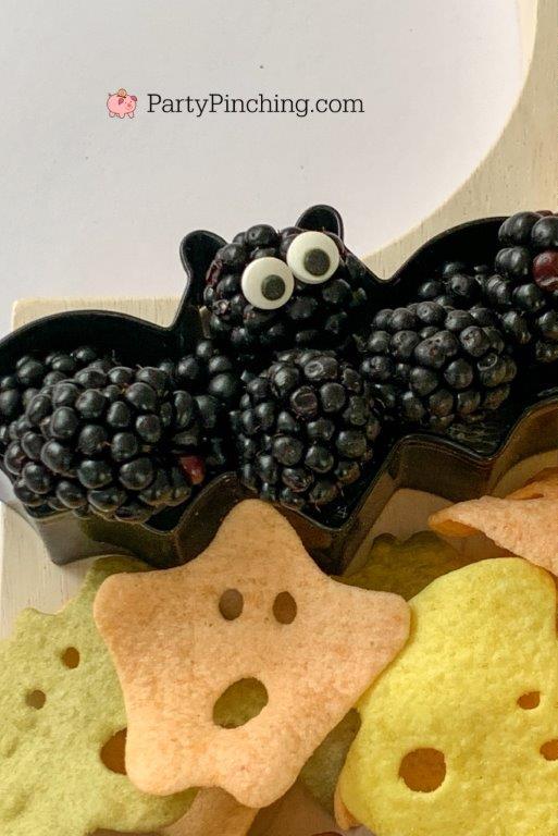 blackberry bat cookie cutter, halloween charcuterie, spook-cuterie board, best charcuterie board ideas, easy charcuterie board, charcuterie for kids, halloween partie ideas, easy best charcuterie board ideas, healthy charcuterie board for kids