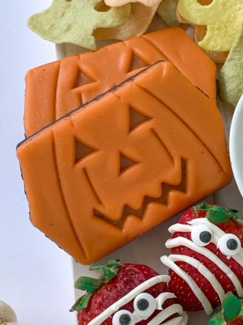 Little Debbie Pumpkin Brownies, halloween charcuterie, spook-cuterie board, best charcuterie board ideas, easy charcuterie board, charcuterie for kids, halloween partie ideas, easy best charcuterie board ideas, healthy charcuterie board for kids